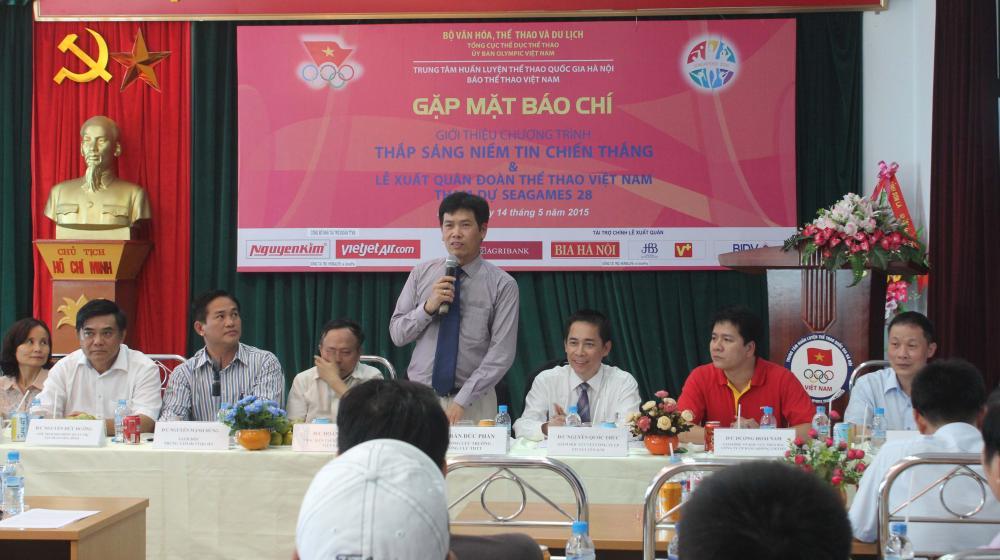 Lễ xuất quân dự SEA Games 28 với sự tài trợ của Công ty TNHH Hòa Bình